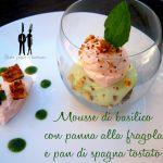 Mousse di basilico con panna alla fragola e pan di spagna tostato