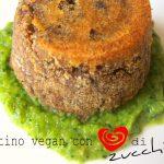 Tortino vegan con cuore di zucchine