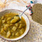 Dum Aloo, zuppa di patate indiana. Il comfort food caldo e speziato.