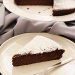 Migliaccio al cioccolato, la variante golosa del dolce napoletano